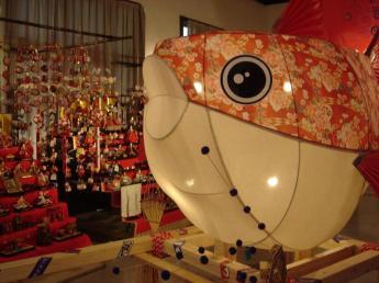 河豚、灯盏和女儿节