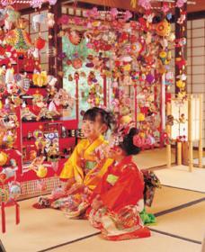柳川女儿节吊物遊行